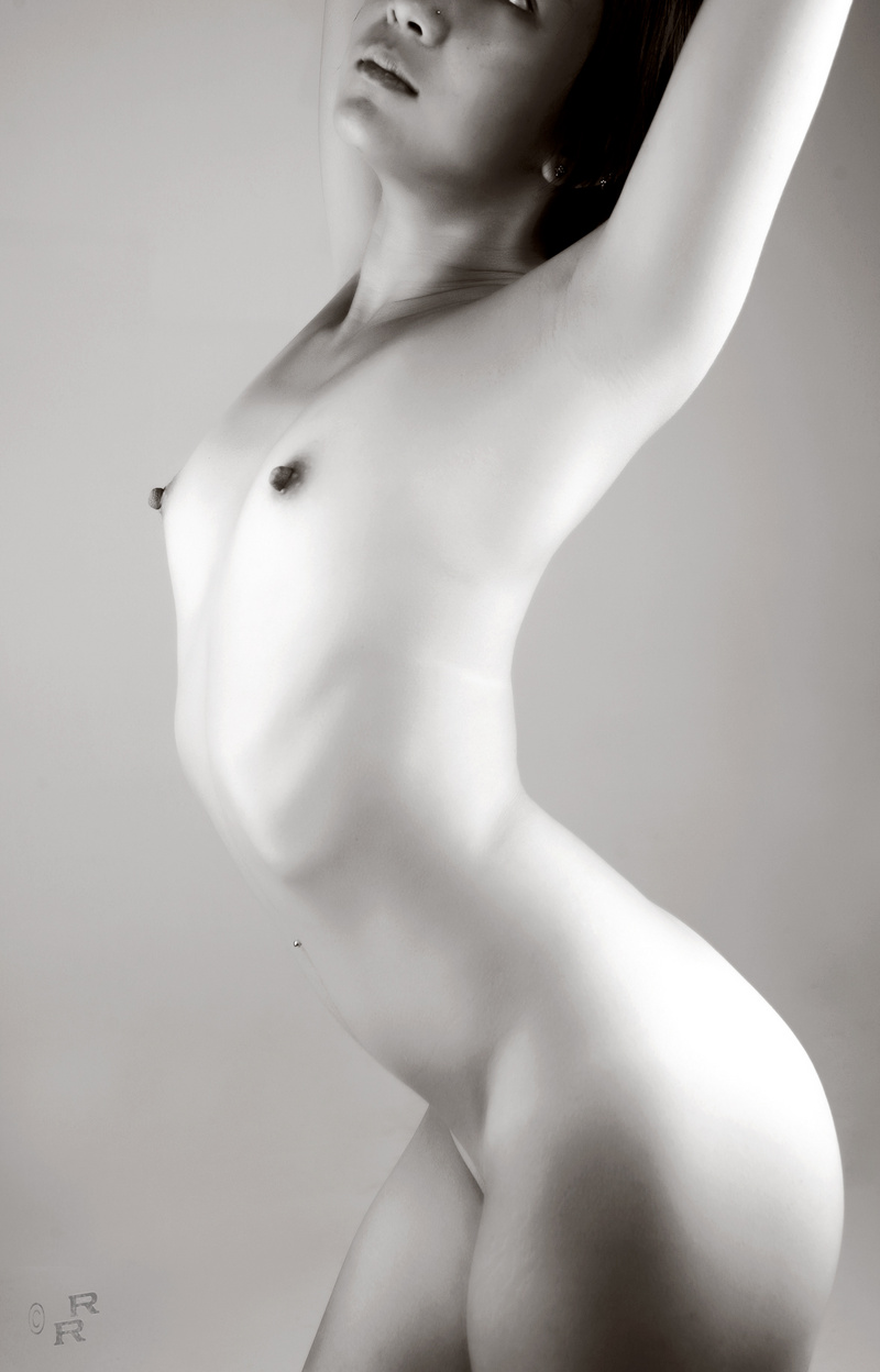 nude black and white pic of hot asian model